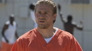 charlie-hunnam-sons-of-anarchy-season-7-jax-jail-fx