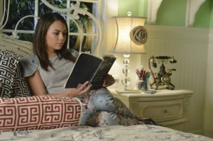 xmonas-room-pretty-little-liars-s5e12.jpg.pagespeed.ic._r8uUi5FWQ