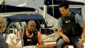 502chingroverhouseboat1
