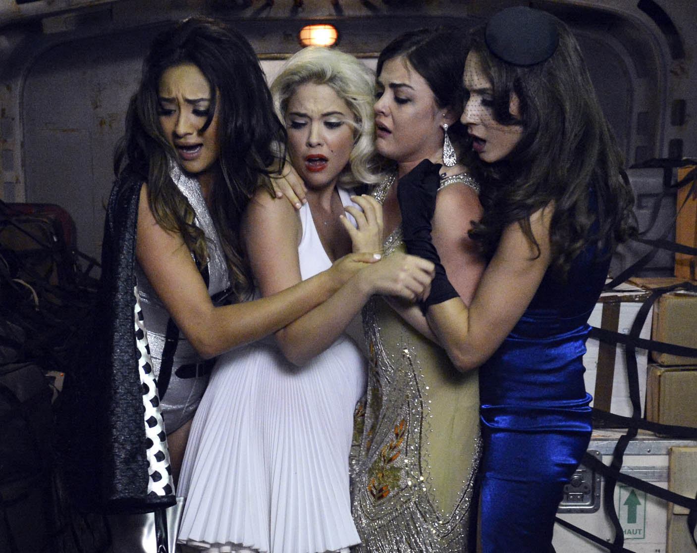 Pretty Little Liars We Love You To Death Halloween Special