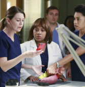 Grey's Anatomy- The Bed's Too Big Without You (11×10)