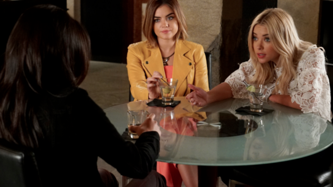 Pretty Little Liars - Where Somebody Waits For Me (6x16