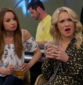 Young & Hungry – Young & Bowling (4×07)