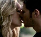 "Candice King Set To Guest Star on Season 5 of ""The Originals"""
