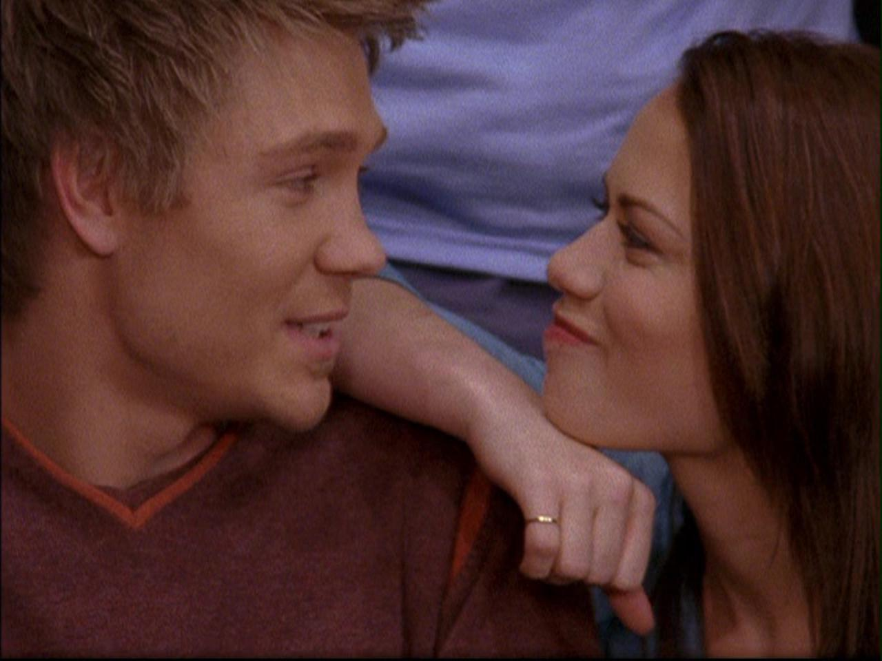Lucas and Haley are Friendship Goals on One Tree Hill