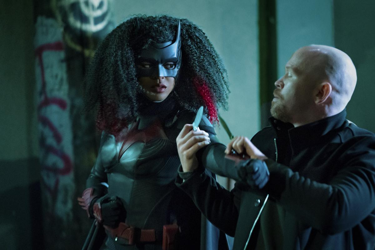 Batwoman Bat Girl Magic Review Season 1 Episode 3