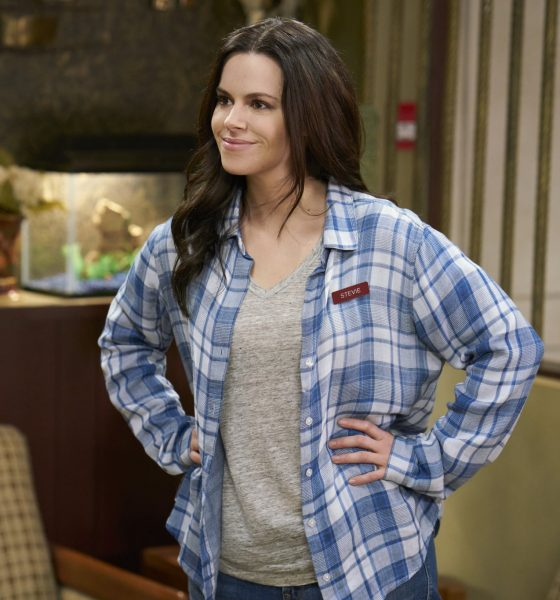 Emily Hampshire Talks Possible 'Schitt's Creek' Spinoff or Movie, Character's Go-To Super Bowl Cocktails