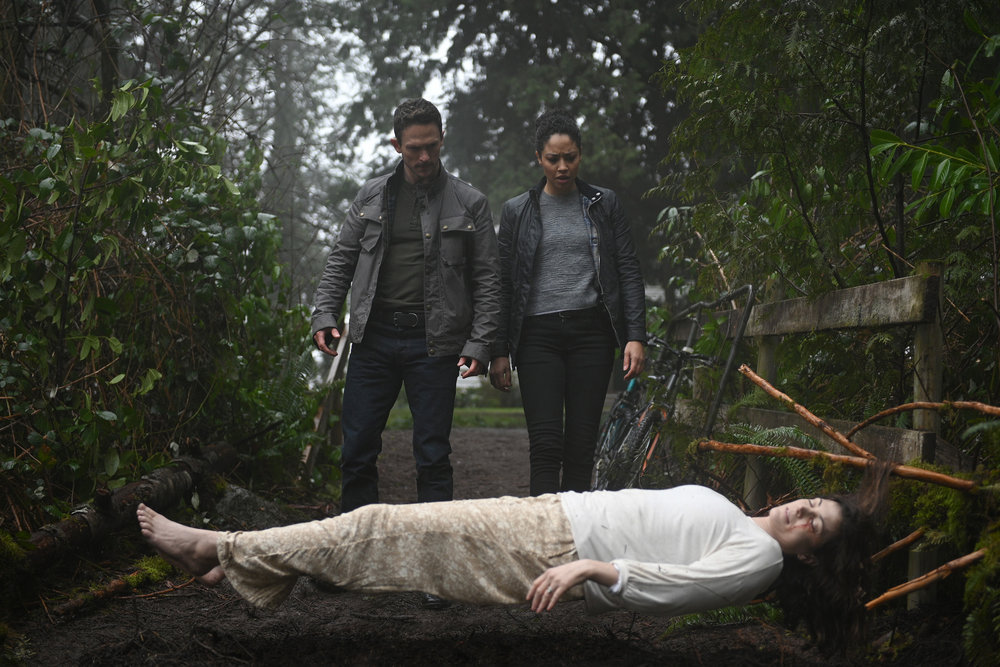 Debris Pilot Review Season 1 Episode 1