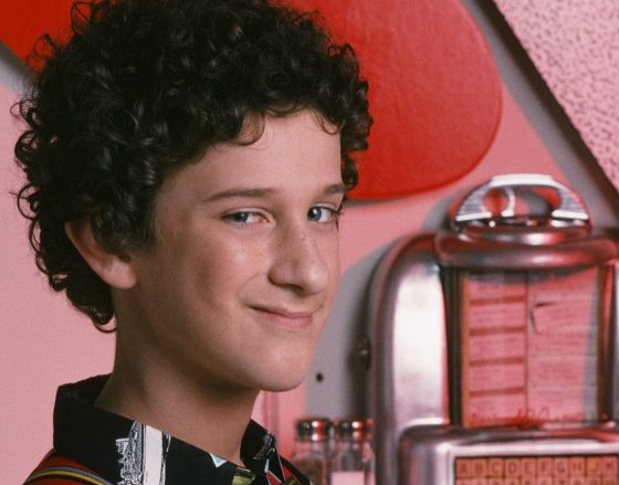 """Dustin Diamond from """"Saved by the Bell"""" dies at 44 from stage 4 lung cancer"""