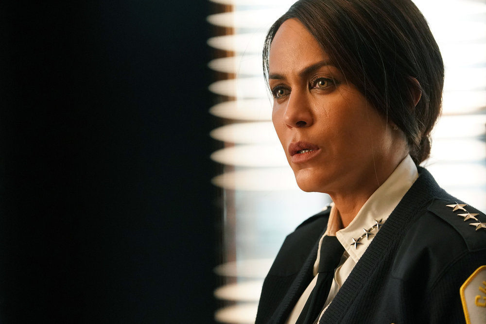Chicago PD The Right Thing Season 8 Episode 15