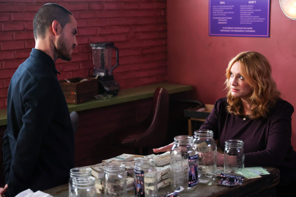 Good Girls Review Thank You For Your Support Season 4 Episode 14