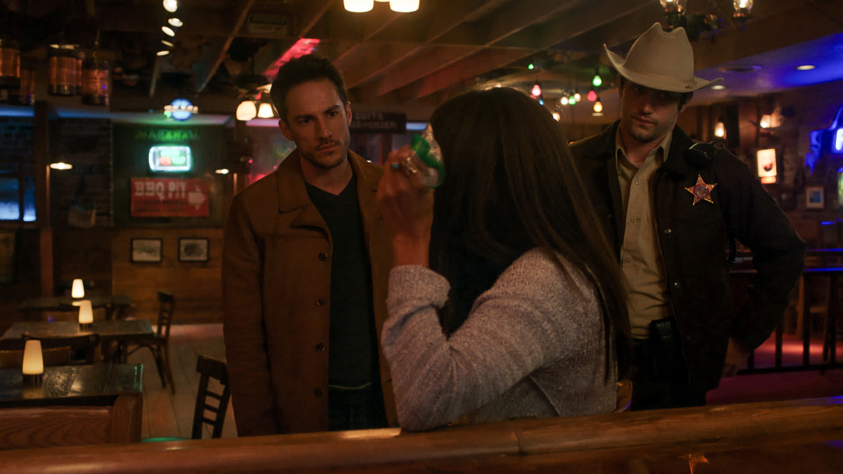 Roswell, New Mexico Give Me One Reason Review Season 3 Episode 2