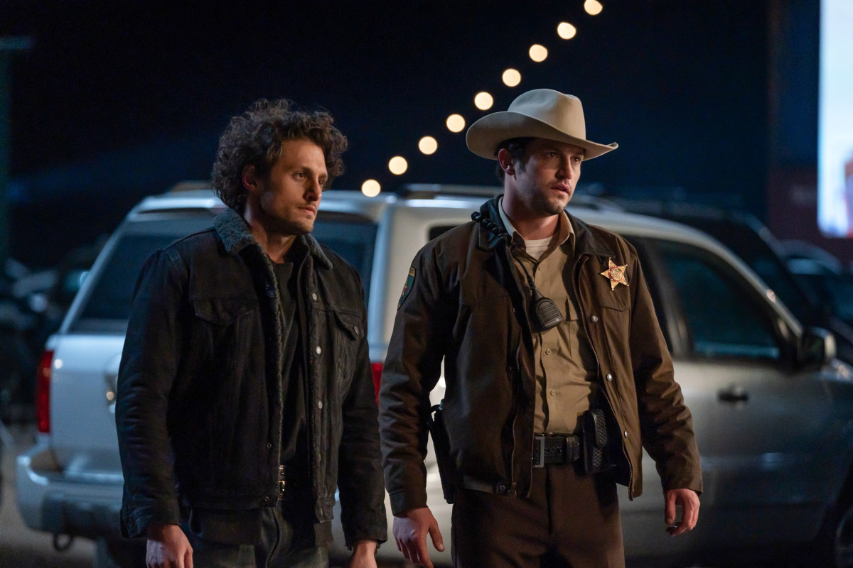 Roswell New Mexico Review Black Hole Sun Season 3 Episode 3