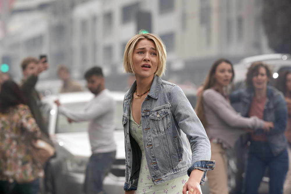 La Brea Series Premiere Pilot Review Season 1 Episode 1