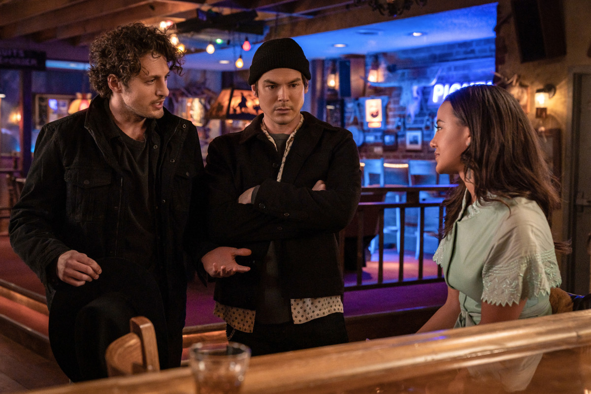 Roswell New Mexico Review Free Your Mind Season 3 Episode 8