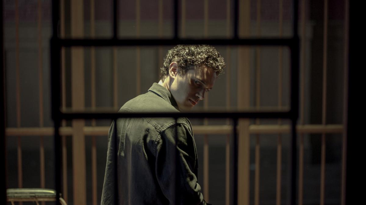 Legacies Season Premiere Review You Have To Pick One This Time Season 4 Episode 1