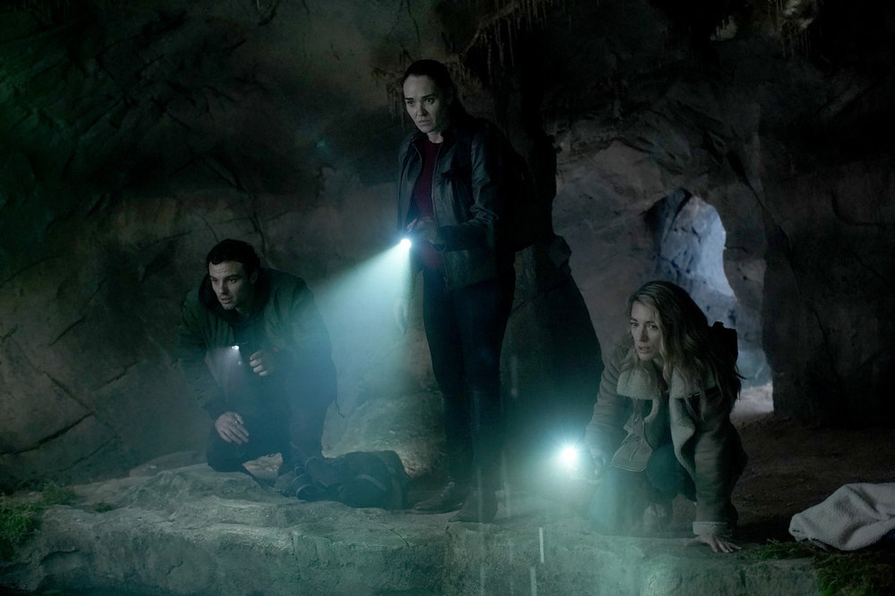 La Brea The Hunt Review Season 1 Episode 3